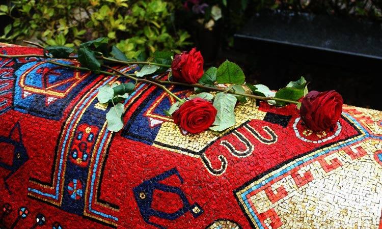 Noureev tombeau - Nureyev's grave